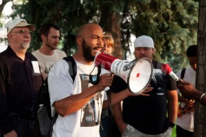 1435120190-confederate-and-us-flags-burned-at-rally-against-racism-in-denver_7932413