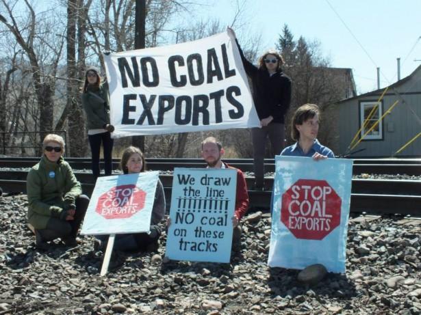 April-2014-railroad-blockade_Photo-by-Blue-Skies-Campaign-615x461