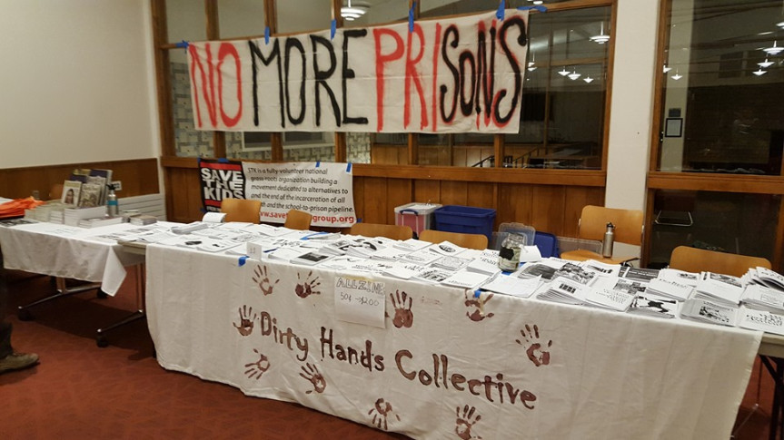 dirty-hands-tabling-tce