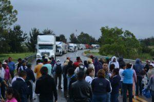 blockade-oaxaca-nochixtlan