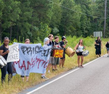 Alabama: Mothers and Families of FAM Protest Outside of Donaldson Correctional Facility