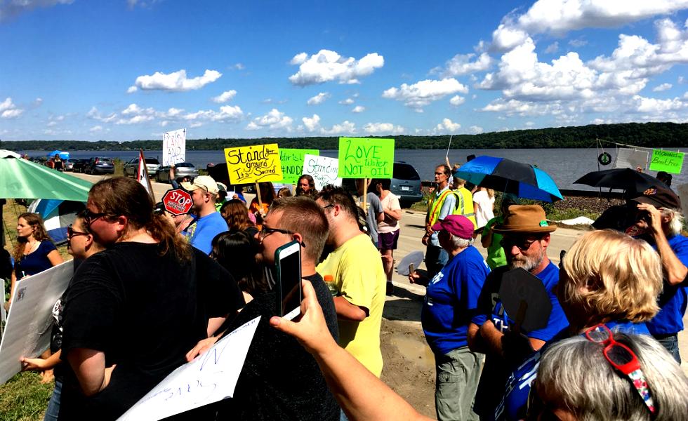 Anti-Dakota Access Pipeline Action in Iowa, Part 1