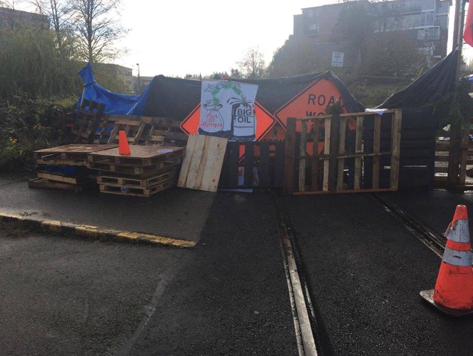 barricade-2
