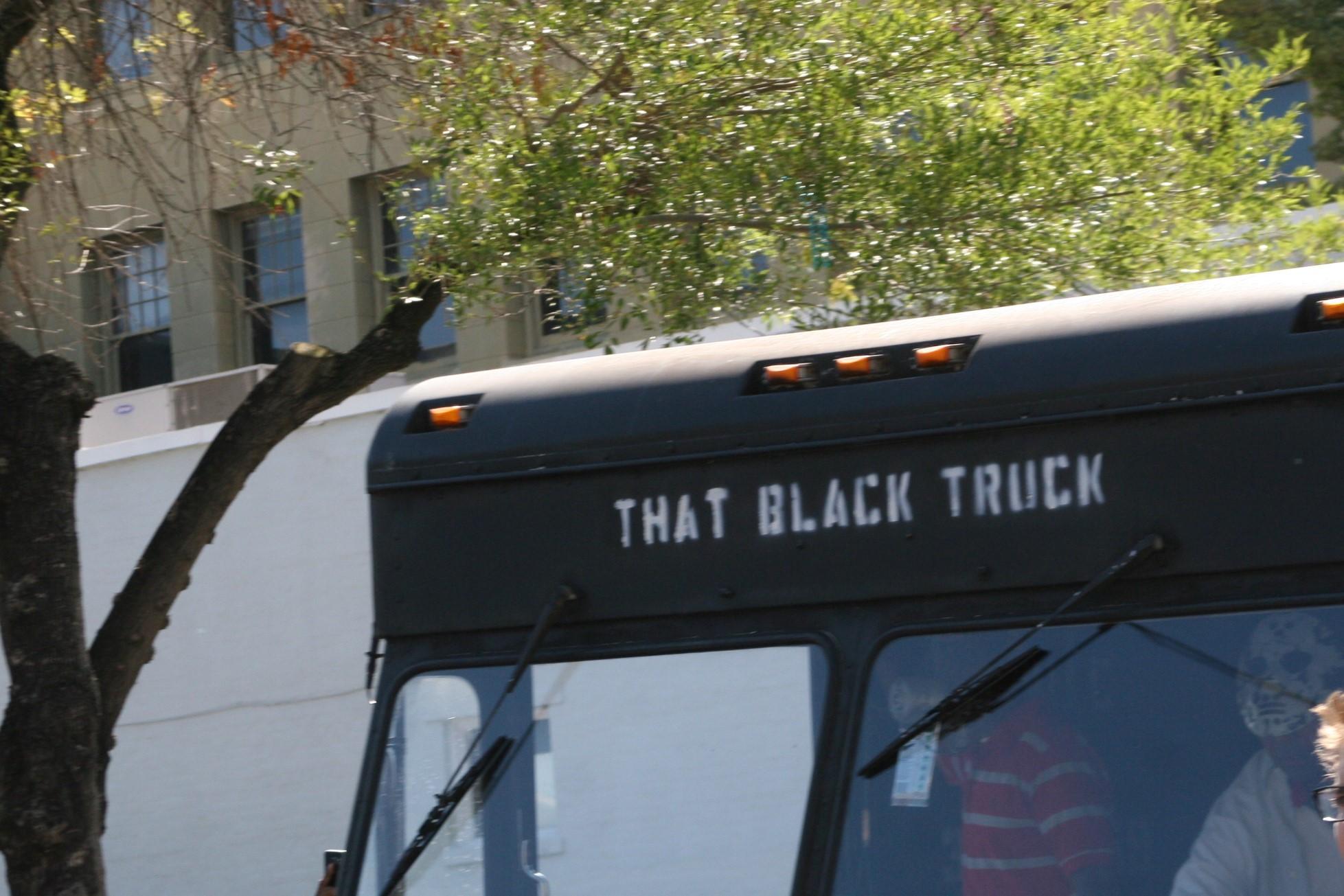 BLacktruck3.jpg