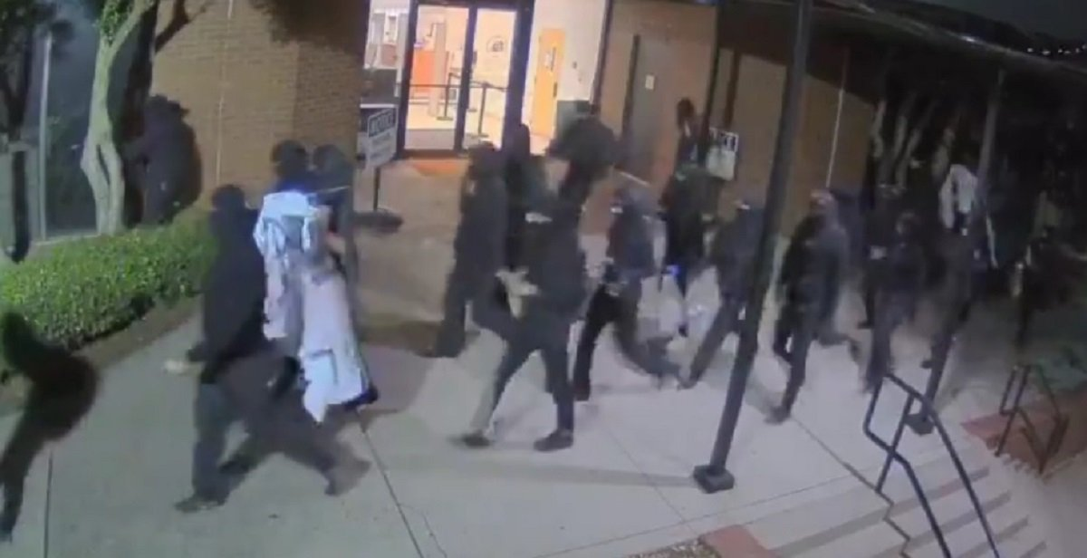 DeKalb County, GA: Marchers Bust Out Windows After Another Man Dies